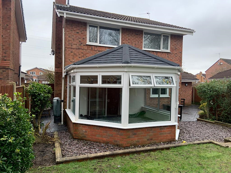 New conservatory roof by Four Seasons Roof Systems